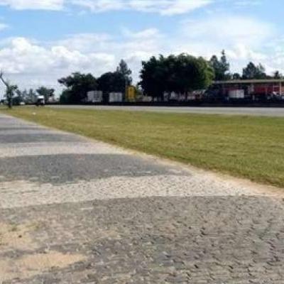 Leilão online tem imóveis e terrenos com lance mínimo de R$ 49 mil em vários estados