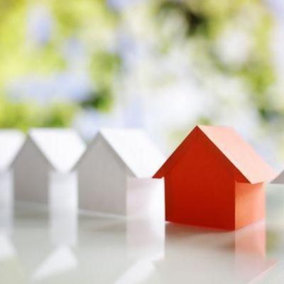 Combine pesquisas imobiliárias com experiência local